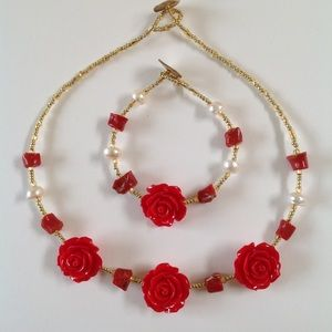 HANDCRAFTED Red Floral Coral Pearl Necklace Set